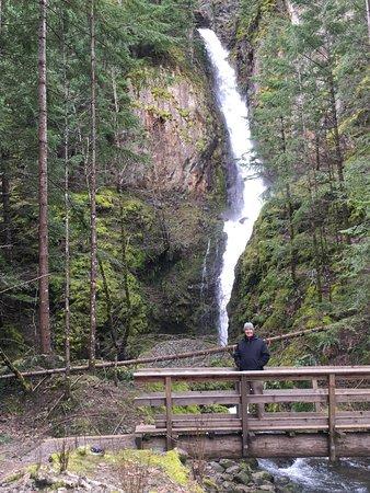 Cascade Locks, OR: Hole in the Wall Falls