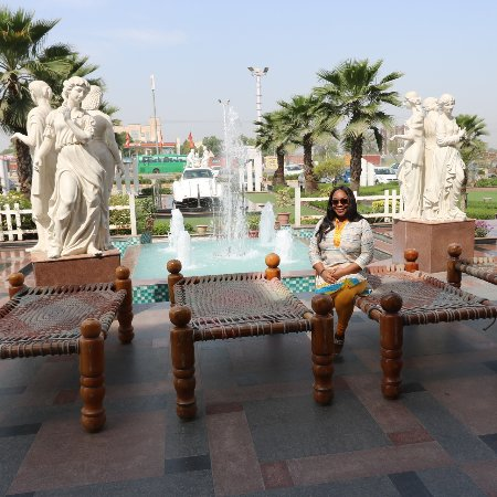 de tour village hindu personals India travel packages by the best tour company in including options to visit village quintessential ancient tamil city with iconic dravidian hindu.