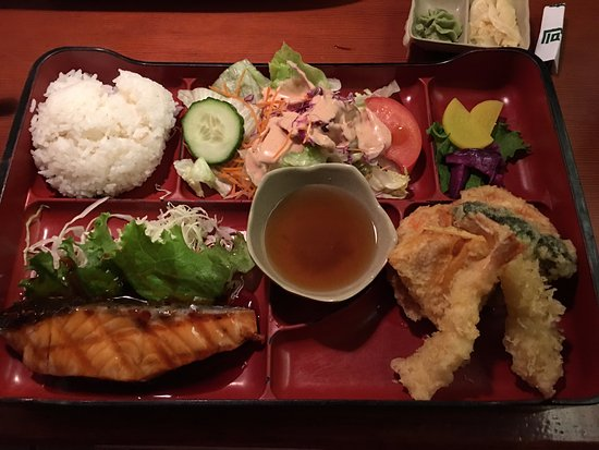 salmon bento box with tempura picture of sushi boat restaurant san francisco tripadvisor. Black Bedroom Furniture Sets. Home Design Ideas