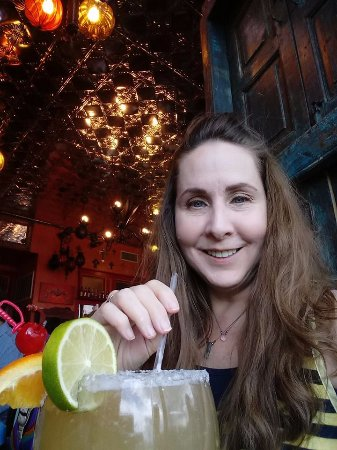 Vaqueros Grill and Cantina: margarita is HUGE and made from scratch
