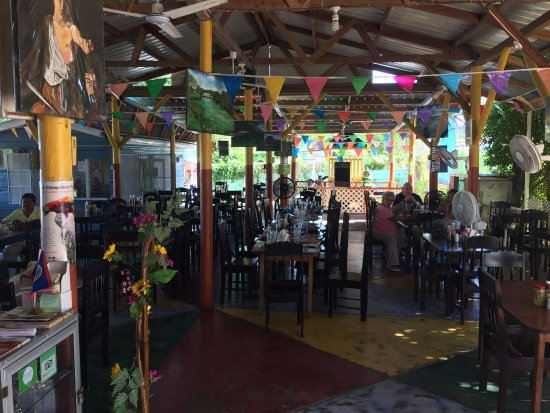 San Jose Succotz, Belice: Try the specials!