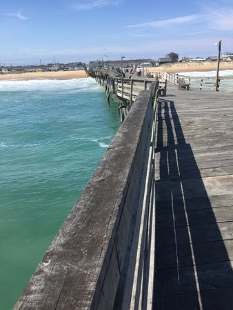 Avalon Fishing Pier : View From Halfway Down the Boardwalk