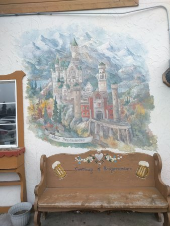 King Ludwig's Restaurant: painting of Neuschwanstein, King Ludwig's castle in Bavaria