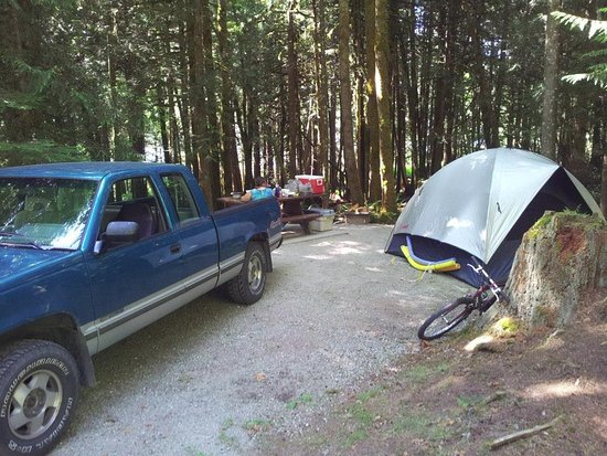 Inland Lake Provincial Park : Camping site.