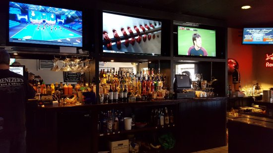 South Hadley, MA: Full Bar