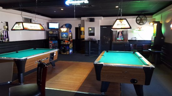 South Hadley, MA: Pool Tables