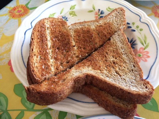 Placentia, كاليفورنيا: Wheat Toast