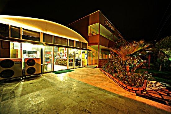 Sayanora Hotel Foto