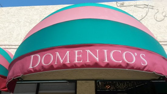Domenico's Belmont Shore: Entrance