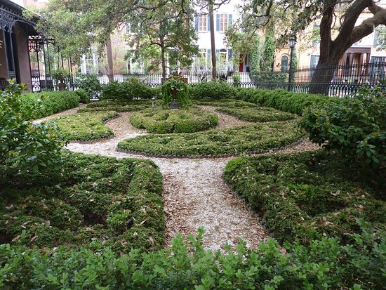 Best Walking Tours Savannah Ga