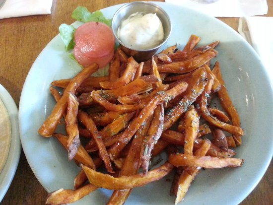 Palisade, CO: The CAFÉ FRIES were soooooo good