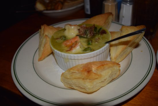 Minisink Hills, PA: Asparagus Bisque with 4 puff pastry triangles.