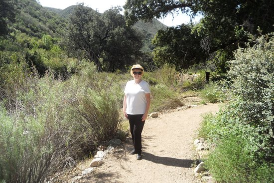 Newhall, CA: Easy trail