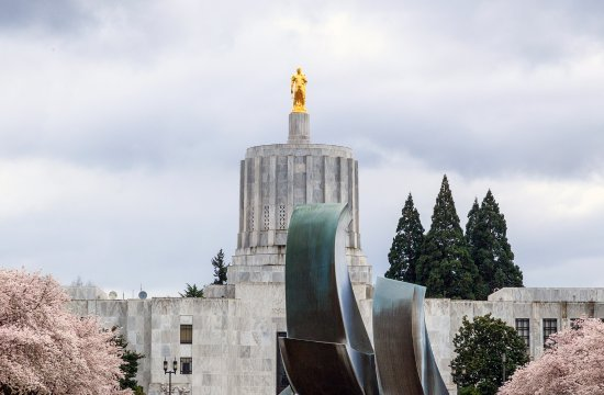 Sculpture and the Oregon State Capitol