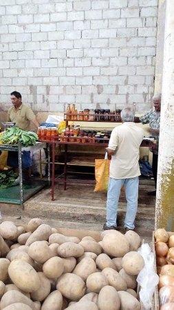 Tunapuna Market : FB_IMG_1491873069556_large.jpg