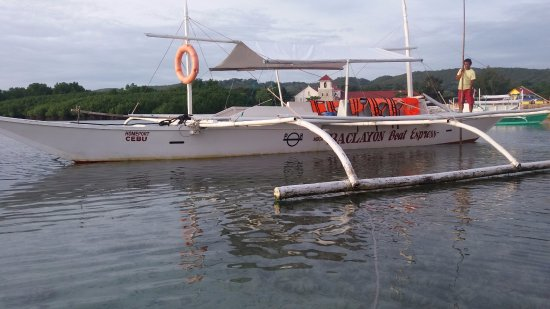 Baclayon Boat Express is one of service boat island hopping and dolphin watching