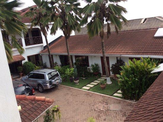 La-Paradise Inn: photo1.jpg