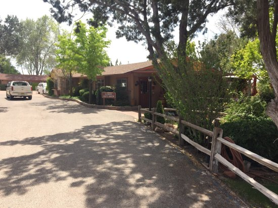 Sky Ranch Lodge : photo0.jpg