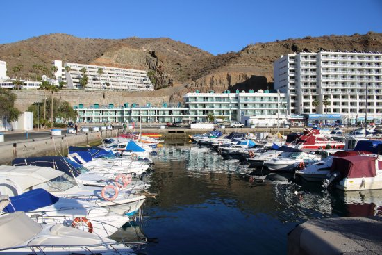 Morasol Suites: Hotel from Marina