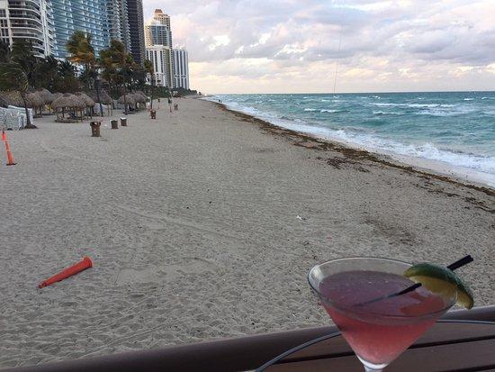 Sunny Isles Beach, FL: Love the view!