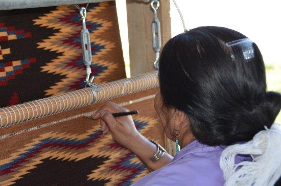 Sonoita, AZ: Elsie Bia finishes her latest Navajo Rug at the Nizhoni Ranch show, Navajo Textiles as Modern Ar