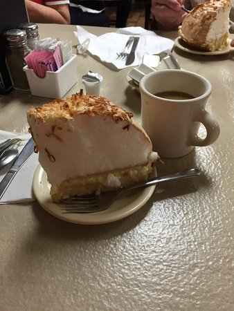 Hico, TX: Coconut meringue pie and coffee