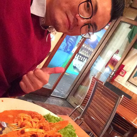 A Little Italy: Very nice restaurant nice and beautiful staff, of cause the yummy food very delicious, love the
