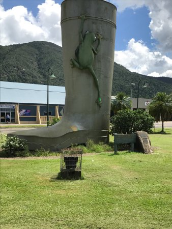 Tully, Australia: Golden Gumboot