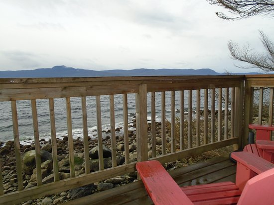 Stillwater Beach House B&B: The private balcony in the beach house!