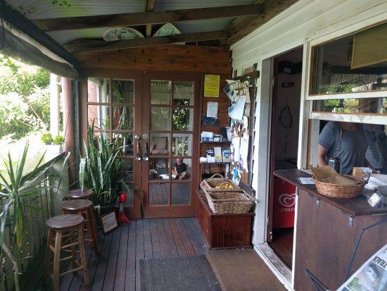 Tallebudgera, Australia: Good food in rustic hideaway.
