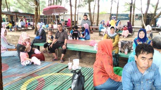 Tarakan, Indonesia: tempat kumpul keluarga