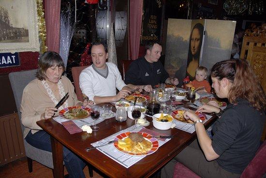 Bovenkarspel, Países Bajos: Ziet er gezellig uit he