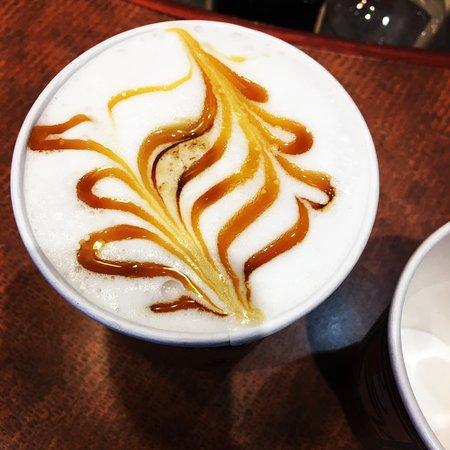 Sarnia, Canada: Latte Art To Go!