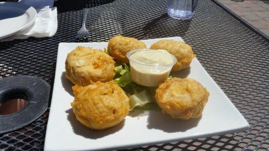 Boathouse Cantina: Stuffed mushroom appetizers