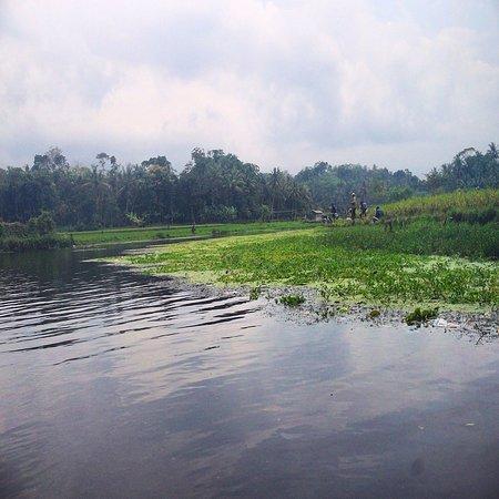 Sumedang, Indonesia: Clear water...
