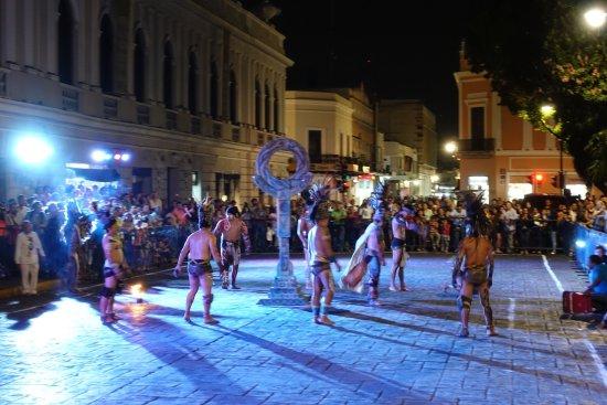 Casa del Balam Hotel: Traditionelles Maya Ballspiel 100 Meter vom Hotel entfernt