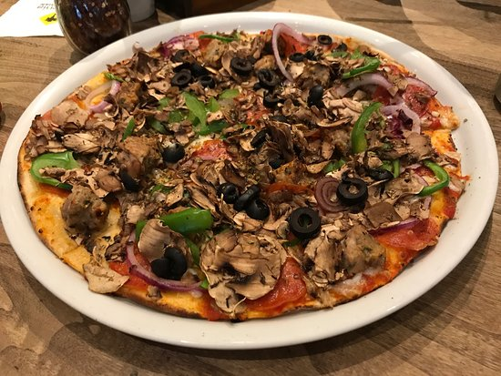 Great Pizza! - Review of California Pizza Kitchen, Mexico City ...
