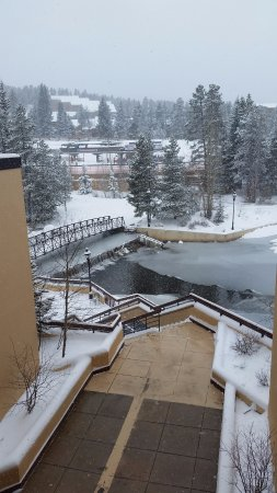 Marriott's Mountain Valley Lodge at Breckenridge: view to peak 9. Love this location