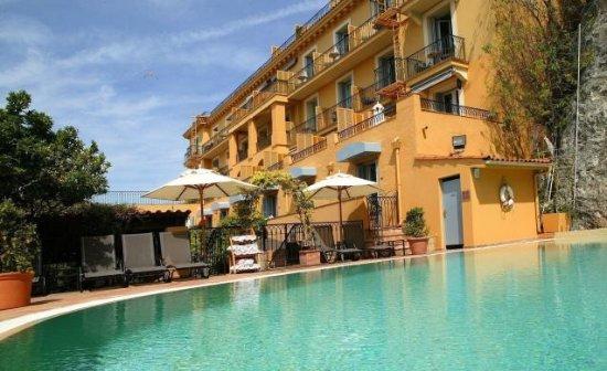 Hotel La Perouse: photo1.jpg