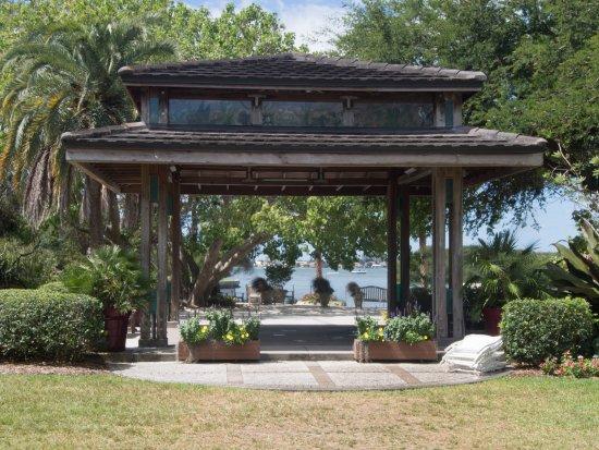 Marie Selby Botanical Gardens: Marie Selby Botanical Garden Wedding Pavilion