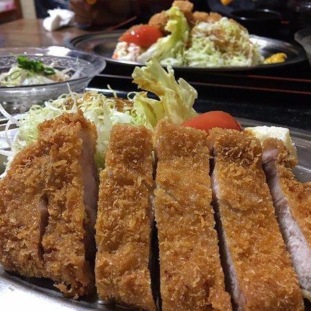Makurazaki, Japonya: トンカツ定食
