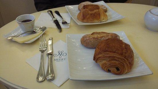 Meert Restaurant: Couques / viennoiserie du petit-déjeuner