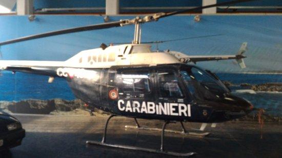 Volandia Parco e Museo del Volo Malpensa: Elicottero dei Carabinieri.