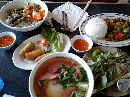 Pho Bac Hoa Viet Sacramento 5060 Madison Ave Menu Prices Restaurant Reviews Tripadvisor