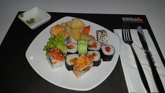 Sushi La Bar - Larnaca: Малая часть из ассортимента