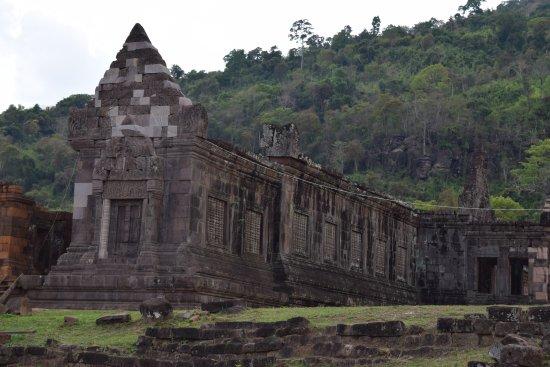 Vat Phou Temple: temple