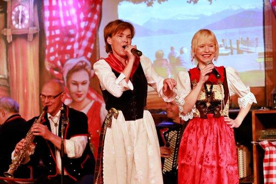 Stadtkeller Swiss Folklore Restaurant: Stadtkeller – for a superb combination of good food, homemade Beer, music and fun!