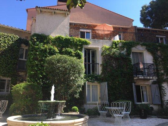 Casa Pairal: photo1.jpg
