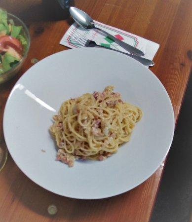 Unterschleissheim, Germany: Spaghetti Carbonara ohne Sahne