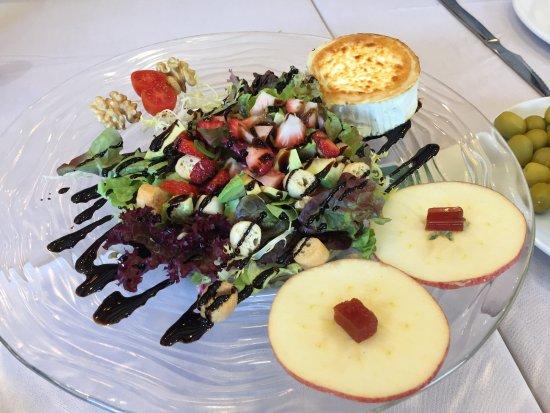 Can Tiranda: Ensalada de queso de cabra